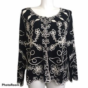 Investments embroidered button front top. 3X